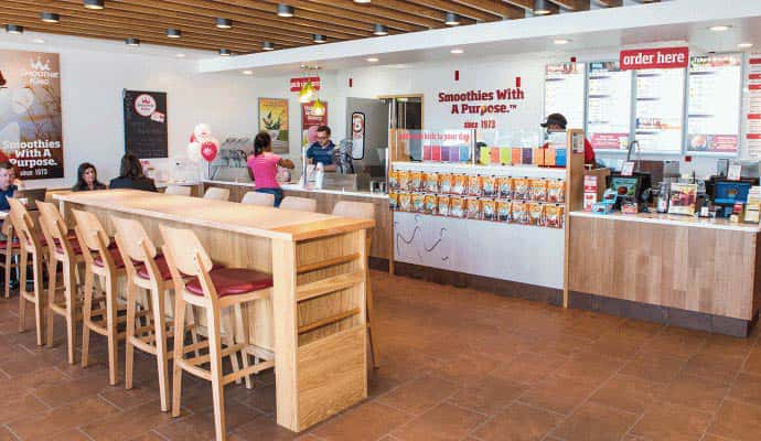 A restaurant photo of a 7shifts client: How Smoothie King Cut Labor Spend by 10% Across 3 Locations